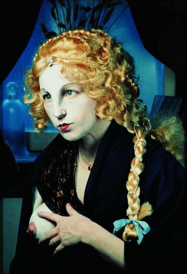 Cindy Sherman: Untitled 225, 1990, Farbfotografie, 1219 x 838 cm © Olbricht Collection Berlin