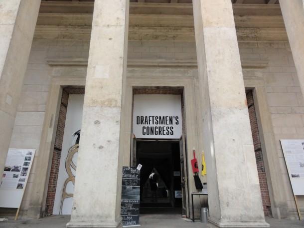 Draftmens_Congress - Anarchopoetische Wanddekoration beim Draftsmen's Congress in Schinkels Elisabethkirche: