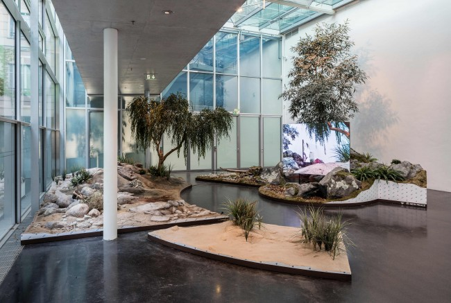 Timur Si-Qin: A Reflected Landscape, 2016, Installation view, Mixed media; HD video, color, sound, Courtesy Timur Si-Qin; Société, Berlin; Studio Ramos, Photo: Timo Ohler
